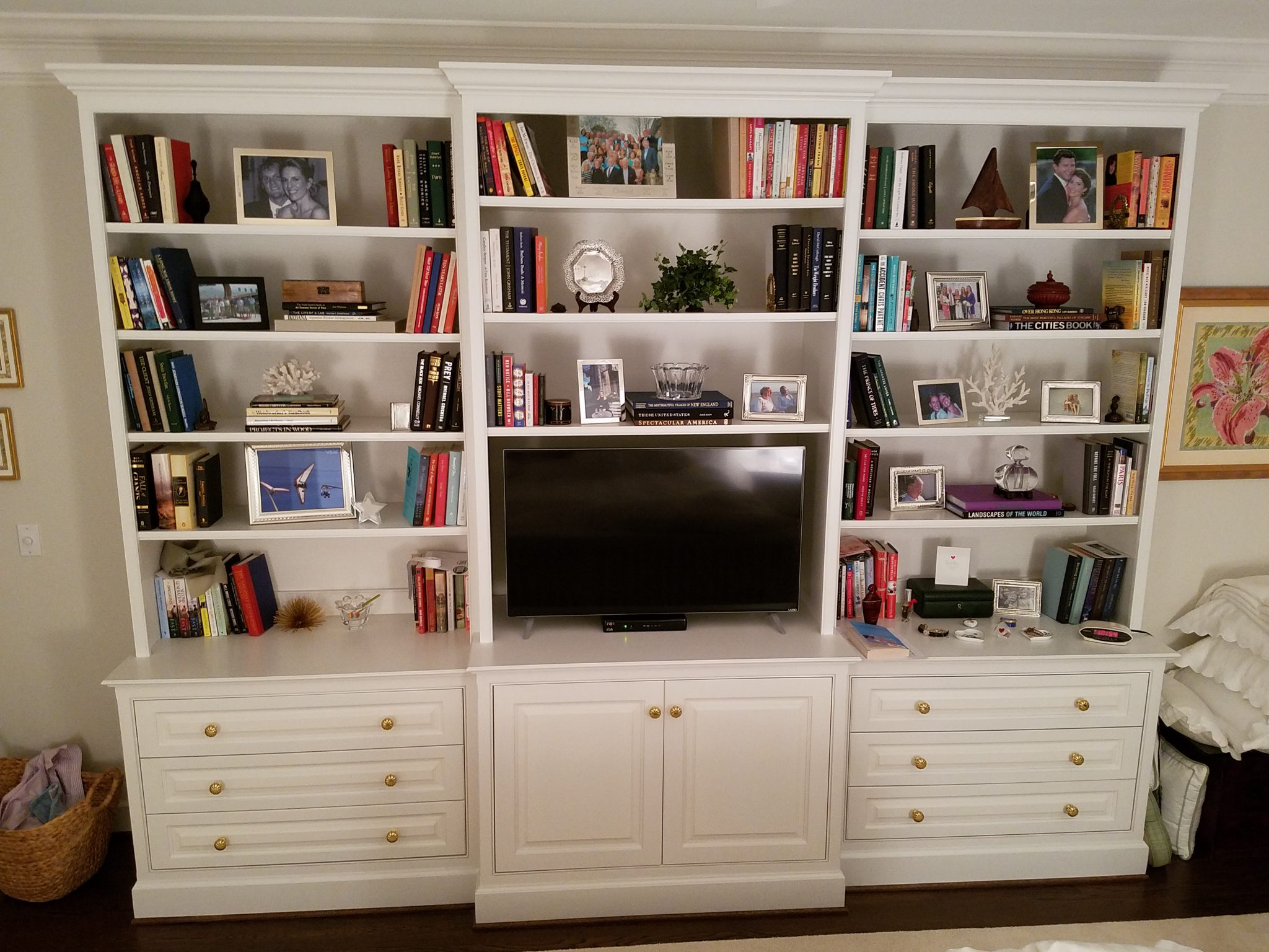 Built-in bookcase with entertainment and storage
