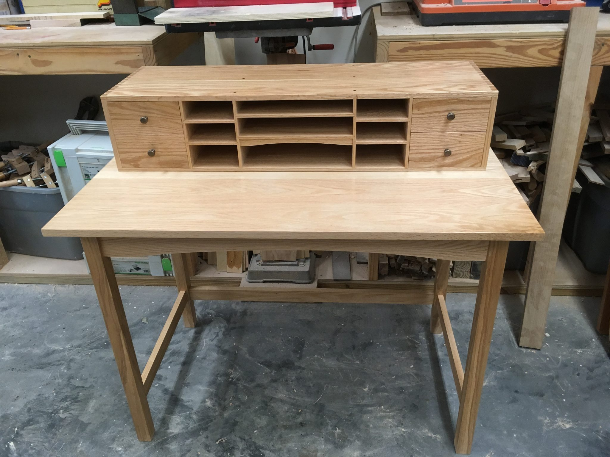 Writing desk with hand cut dovetails in car case and drawers