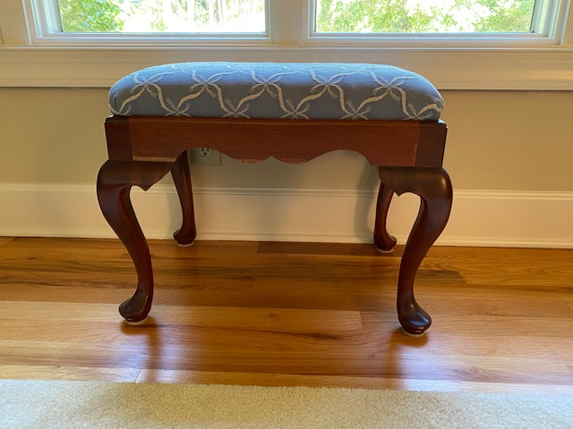 Mahogany Queen Anne Stool